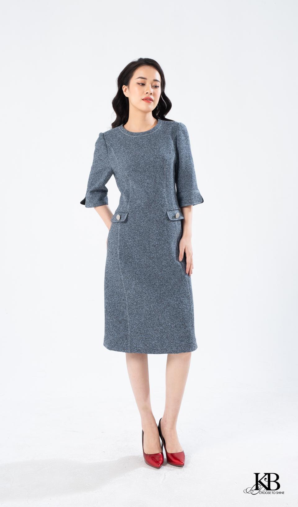 Đầm cổ đột chỉ eo 2 nắp túi